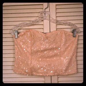 🎉$10 SALE🎉F21 rose gold sequin bustier crop top